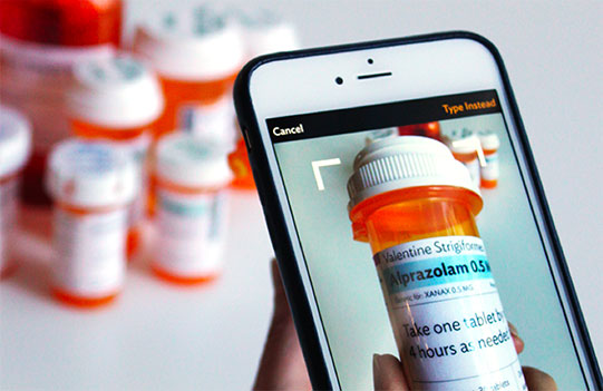 CareZone | Easily manage multiple medications and health info